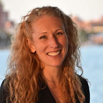 Headshot of Alison Abraham