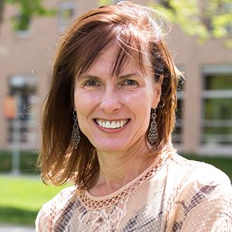 Headshot of Cathy Bradley
