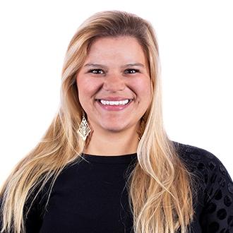 Headshot of Laura Grau