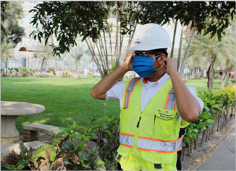 Pantaleon Worker Wearing Mask