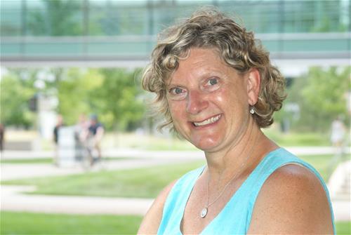 Joelle Wedel headshot