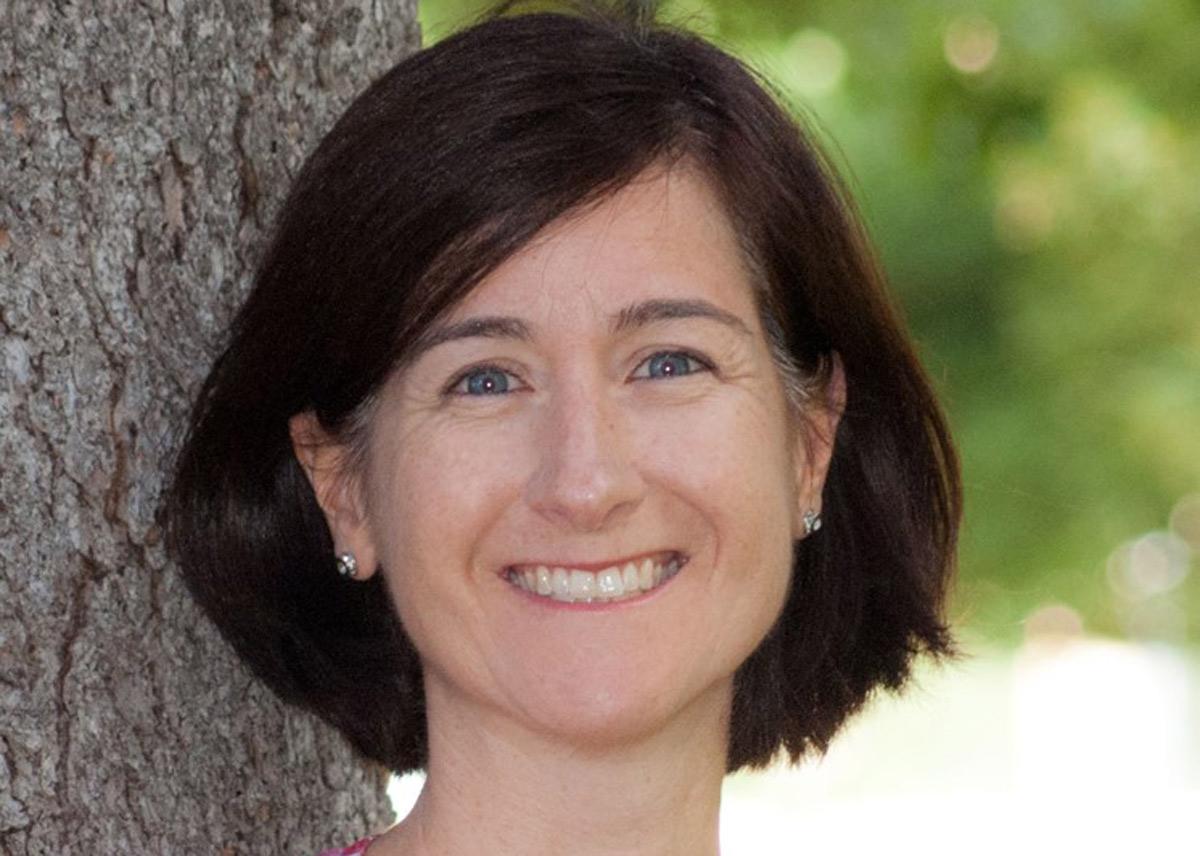 headshot of Beth Carlton