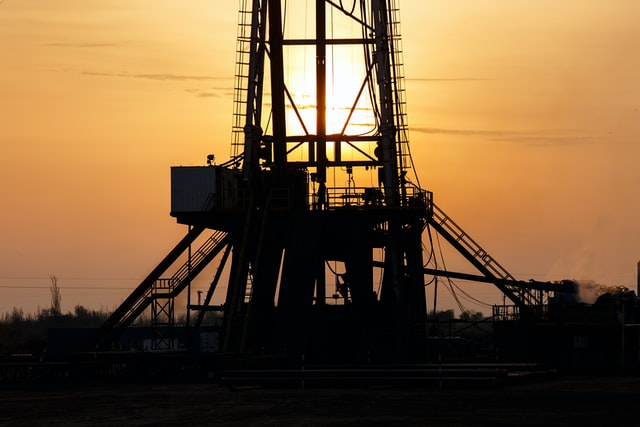 oil well in sunset